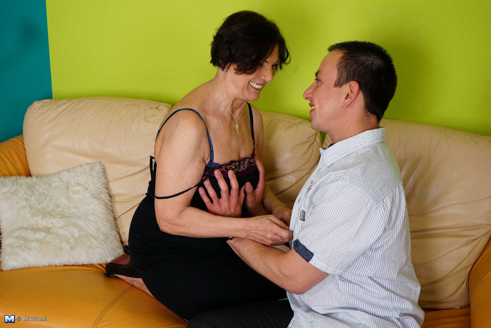 horny women getting laid