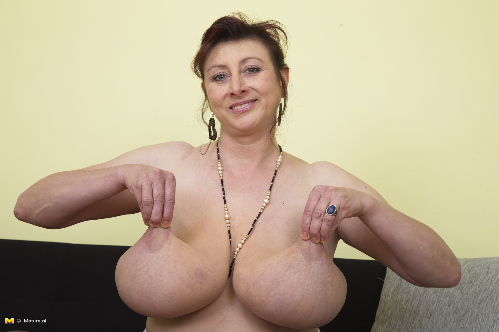 stuff-mature-nude