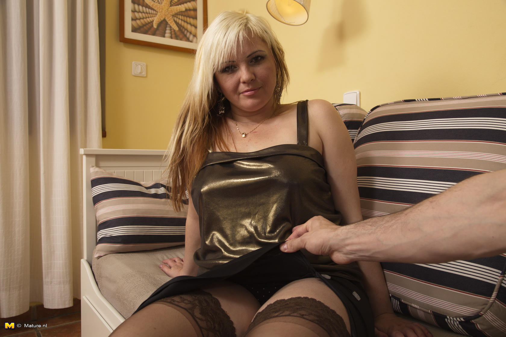 Ultra-kinky housewife gets it in POINT OF VIEW fashion